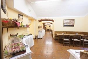Hotel Atos, Hotely  Praha - big - 49