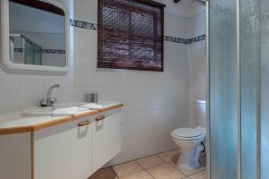 Just Unwind, Apartmány  Somerset West - big - 38