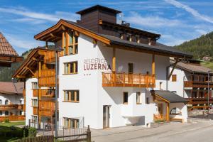 Residence Luzerna *** - AbcAlberghi.com