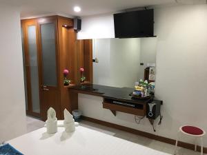 Galaxy Suites Pattaya Hotel, Hotely  Pattaya South - big - 7