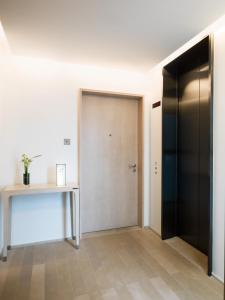 Full Floor Suite
