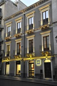 Etnea 454 Catania Luxury Rooms - AbcAlberghi.com
