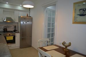 White Apartment, Appartamenti  Batumi - big - 21