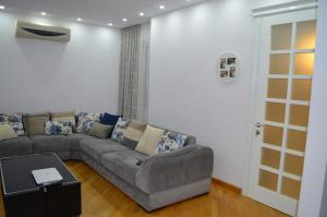 White Apartment, Appartamenti  Batumi - big - 18