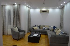 White Apartment, Appartamenti  Batumi - big - 17