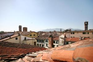 Bright Loft Via Fillungo - AbcAlberghi.com