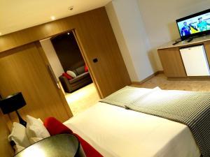 Suite (2 Adults)