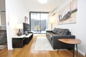 Pyrmont Self-contained Modern one-bedroom apartment (4HAR)