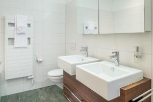 Casa Fluras, Appartamenti  Flims - big - 8