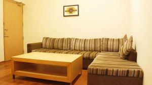 Classic Luxury Service Apartments, Hotely  Visakhapatnam - big - 13