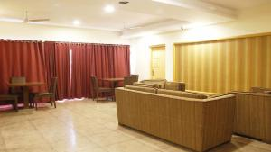 Classic Luxury Service Apartments, Hotely  Visakhapatnam - big - 7