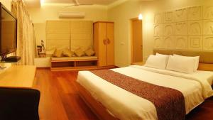 Classic Luxury Service Apartments, Hotely  Visakhapatnam - big - 19