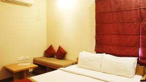 Classic Luxury Service Apartments, Hotely  Visakhapatnam - big - 21