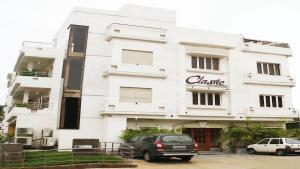 Classic Luxury Service Apartments, Hotely  Visakhapatnam - big - 1