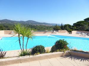 Ferienhaus mit Blick auf Grimaud, Case vacanze  Grimaud - big - 1