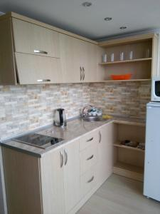 Apartment at Lemurya Orbi Residence, Apartmány  Batumi - big - 3