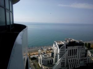 Apartment at Lemurya Orbi Residence, Apartmány  Batumi - big - 31