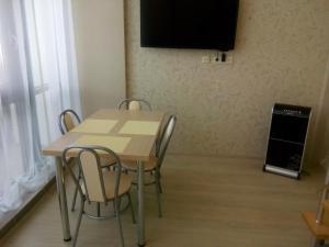 Apartment at Lemurya Orbi Residence, Apartmány  Batumi - big - 22