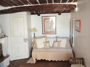 Ferienhaus in der Altstadt von Grimaud, Дома для отпуска  Гримо - big - 2