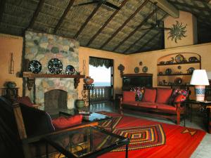 Casa Alberca - One-Bedroom House
