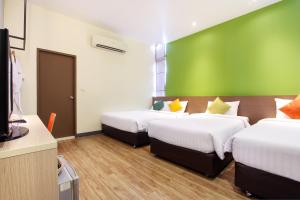 Deluxe room for 4 persons