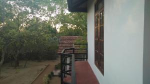 Weaver Bird Villa, Penziony  Habarana - big - 16