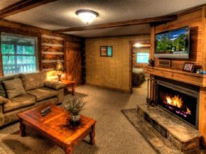 Honeymoon Hideaway Home, Dovolenkové domy  Bryson City - big - 5