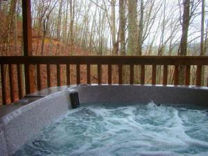 Honeymoon Hideaway Home, Dovolenkové domy  Bryson City - big - 11