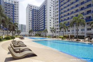 Cristies Sea Residences, Апартаменты  Манила - big - 29
