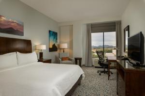 Hilton Garden Inn Phoenix Airport North, Hotels  Phoenix - big - 5
