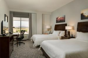 Hilton Garden Inn Phoenix Airport North, Hotels  Phoenix - big - 3