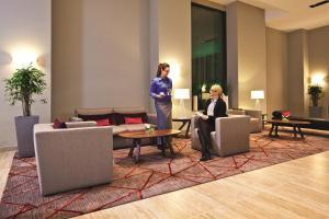 Mövenpick Hotel Berlin Am Potsdamer Platz, Szállodák  Berlin - big - 75