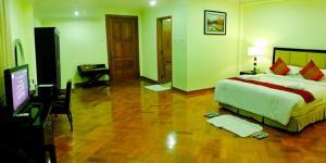 Mawlamyaing Strand Hotel, Hotels  Mawlamyine - big - 5