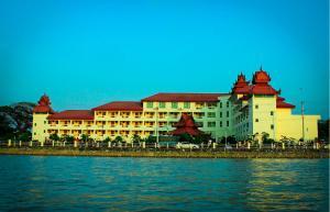 Mawlamyaing Strand Hotel, Hotels  Mawlamyine - big - 31
