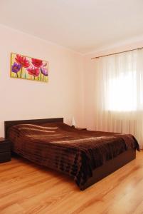 Apartment on Anny Akhmatovoi 13