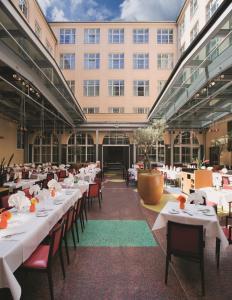 Mövenpick Hotel Berlin Am Potsdamer Platz, Szállodák  Berlin - big - 30