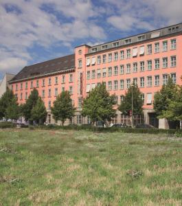 Mövenpick Hotel Berlin Am Potsdamer Platz, Szállodák  Berlin - big - 71