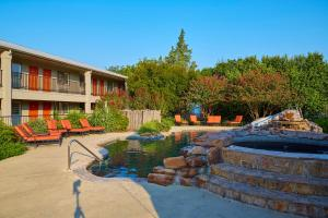 Fredericksburg Inn and Suites, Hotel  Fredericksburg - big - 34