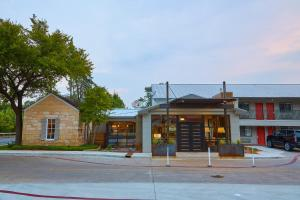 Fredericksburg Inn and Suites, Hotel  Fredericksburg - big - 24