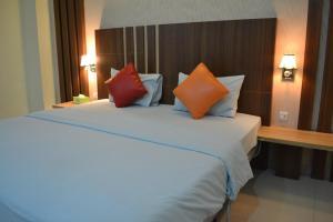 City Hotel, Hotel  Tasikmalaya - big - 9
