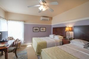 Beach Spa Bed & Breakfast, Bed and Breakfasts  Virginia Beach - big - 46