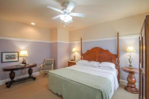 Beach Spa Bed & Breakfast, Bed and Breakfasts  Virginia Beach - big - 42