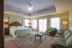 Beach Spa Bed & Breakfast, Bed and Breakfasts  Virginia Beach - big - 53
