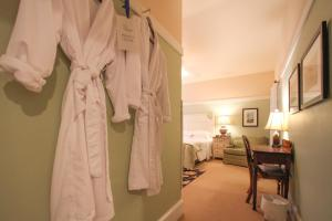 Beach Spa Bed & Breakfast, Bed and Breakfasts  Virginia Beach - big - 59