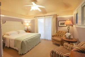 Beach Spa Bed & Breakfast, Bed and Breakfasts  Virginia Beach - big - 57
