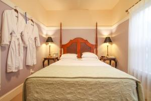 Beach Spa Bed & Breakfast, Bed and Breakfasts  Virginia Beach - big - 67