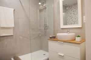 Colon Apartment Malaga flat, Apartmány  Málaga - big - 17