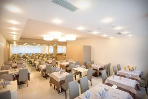 Hotel Montreal, Hotely  Bibione - big - 43