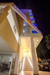 Hotel Montreal, Hotely  Bibione - big - 100