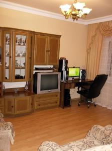 Kaxa apartment on Agmashenebeli 15, Apartmány  Batumi - big - 1